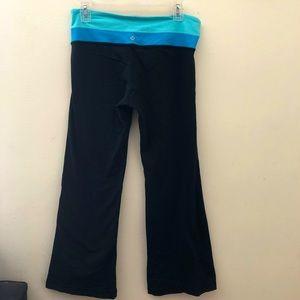 Lululemon Groove Pants Reversible Teal Waist 8
